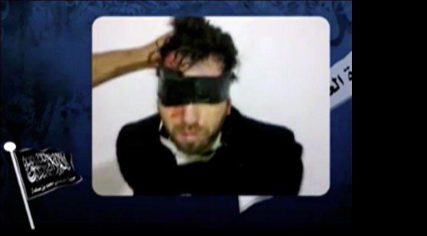 DREPT: En video av den italienske aktivisten Vittorio Arrigoni ble lastet opp på youtube kort tid før han ble drept. Foto: AFP PHOTO/YOUTUBE.COM