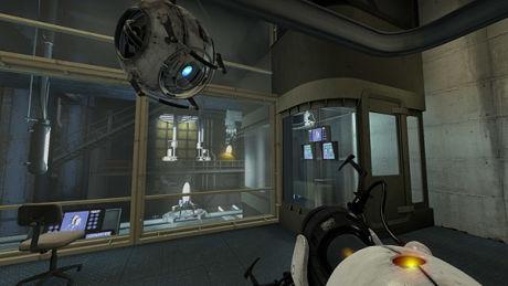LEDSAGER: AIen Wheatley holder deg med hysterisk morsomt selskap i Portal 2. Foto: VALVE