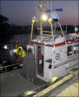 REDDET OPP: Redningsskøyta «Hvaler» fant familien raskt takket være skipperens lokalkunnskap. Foto: Fridjof Nygaard/VG