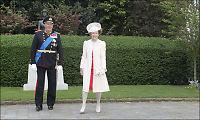 Dronning Sonjas antrekk vakte oppsikt: - Symboliserer den onde kvinnen