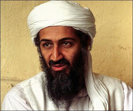 TERRORLEDER: Dette bildet av Osama bin Laden er fra 1998. Foto: AP