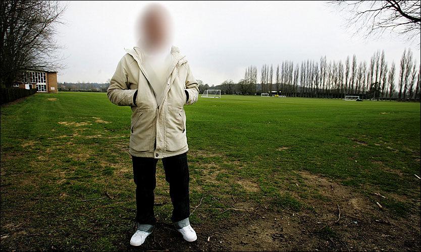 PÅGREPET: Den velkjente fotballproffen mener han kun var innom leiligheten og nekter straffskyld for oppbevaring og produksjon av narkotika. Foto: VG