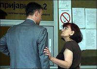 Mladic sier unnskyld til kona