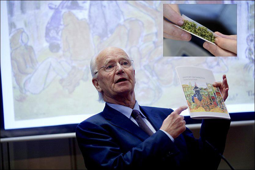 VIL LEGALISERE: Thorvald Stoltenberg sitter i en internasjonal kommisjon som har foreslått å legalisere cannabis, som du ser øverst i høyre hjørne. Foto: Stian Lysberg Solum/Scanpix/AFP
