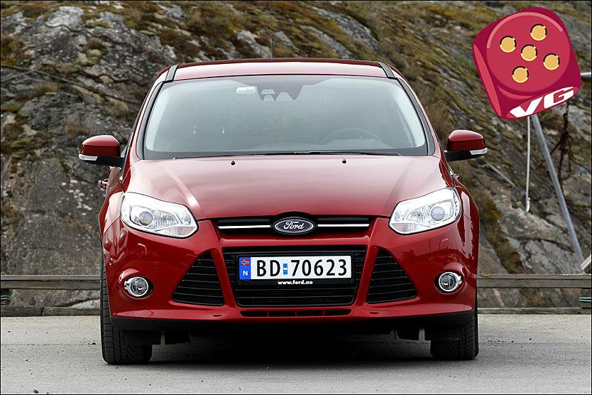 SPENNENDE: Linjene på den nye Ford Focus er langt mer iøynefallende enn VW Golf. Foto: Jan Petter Lynau