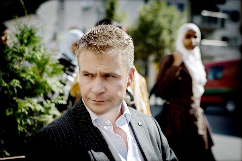SKEPTISK: Frps innvandringspolitiske talsmann misliker forslaget om at asylsøkere selv kan velge hvor de vil bo. Foto: Linn Cathrin Olsen/VG