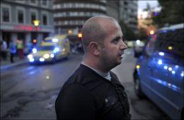 ØYENVITNE: Fuat Miminovski (33) ble øyenvitne til den dramatiske hendelsen. Foto: Helge Mikaelsen