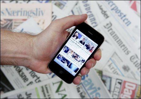 MER TRØBBEL: Smarttelefoner har fått skylden for at Telenors nett har brutt sammen to fredager på rad. Nå må folk i Oslo belage seg på mer problemer med telefonen. Illustrasjonsfoto: Scanpix