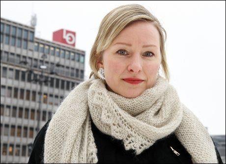 VIL ENDRE REGLENE: SVs Inga Marte Thorkildsen vil gi helseansatte lovfestet rett til heltid. Foto: Trond Solberg