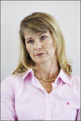 SØRGER: Linda Gundersen snakker om sorgen for familien. Foto: Frode Hansen