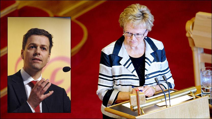 - HAR SELV ANSVARET: KrF-leder Knut Arild Hareide (innfelt) mener at statsråd Magnhild Meltveit Kleppa har hovedansvaret for koordinering av samferdselsetatene. Foto: Scanpix