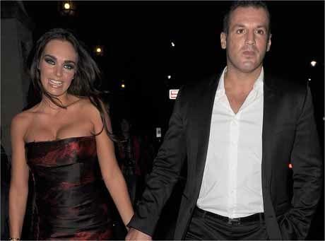 KJÆRESTEN: Tamara på vei til en F1-fest i London med kjæresten Omar Kyhami tidligere i sommer. Foto: Scanpix