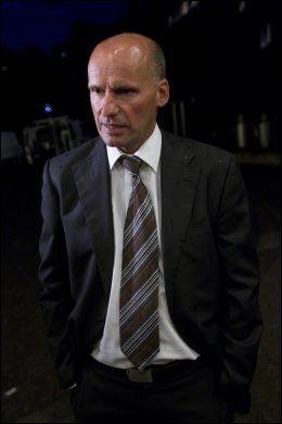 FORSVARER: Geir Lippestad, forsvaren til Anders Behring Breivik, møtte pressen ved Politihuset på Grønland i Oslo lørdag. Foto: SCANPIX