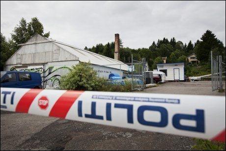 POLITIRAZZIA: I går gikk politiet til aksjon på Grorud i Oslo etter at de hadde fått opplyst at Anders Behring Breivik skal ha disponert en leilighet der, Men stedet ble sjekket ut av saken. Foto: Scanpix