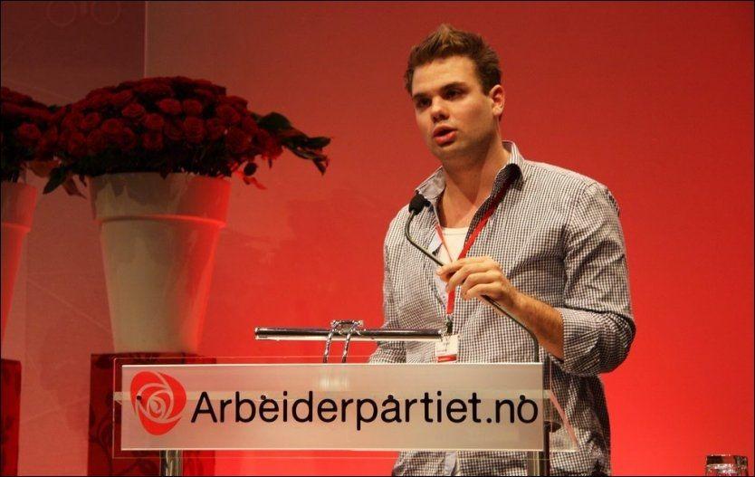 OMKOMMET: Håvard Vederhus (21) ledet Oslo AUF i nesten et halvt år. Nå er han blant de omkomne etter Utøya-massakren. Her fra Landsmøtet 2011. Foto: Arbeiderpartiet Foto: