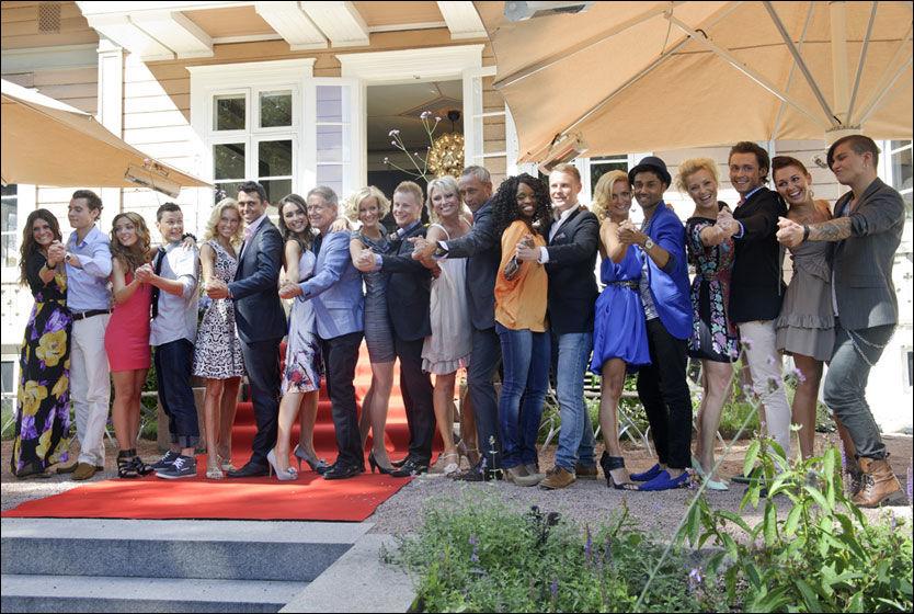 KLAR TIL DANS: Her er alle deltakerne i årets «Skal vi danse» samlet på et brett. Foto: Kristian Helgesen/VG