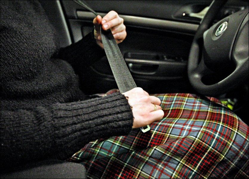 LIVSVIKTIG: Statens Veivesen mener mange dødsfall i trafiikken kunne vært unngått om alle brukte bilbelte. Foto: VG