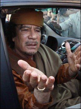 BORTE: Ingen vet hvor Libyas diktator Muammar Gaddafi er etter at opprørere hevder å ha tatt over store deler av Tripoli mandag. Foto: Reuters