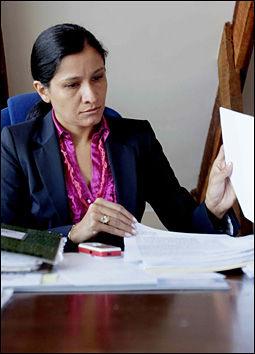 REAGERER: Statsadvokat Claudia Mancilla i Bolivia liker dårlig at to av de norske kvinnene i kokainsaken har rømt landet. Foto: Stian Lysberg Solum / SCANPIX