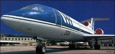 FLYTYPE: Det var et fly av typen Jak 42 som krasjet i Russland onsdag. Foto: AP