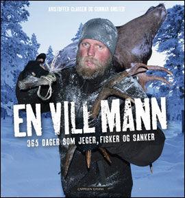 BESTSELGER: Kristoffer Clausens bok om året i villmarken har solgt i over 10.000 eksemplarer. Foto: BOKOMSLAG/ Cappelen Damm