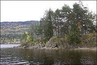Overlevende filmet fra gjemmestedet på Utøya