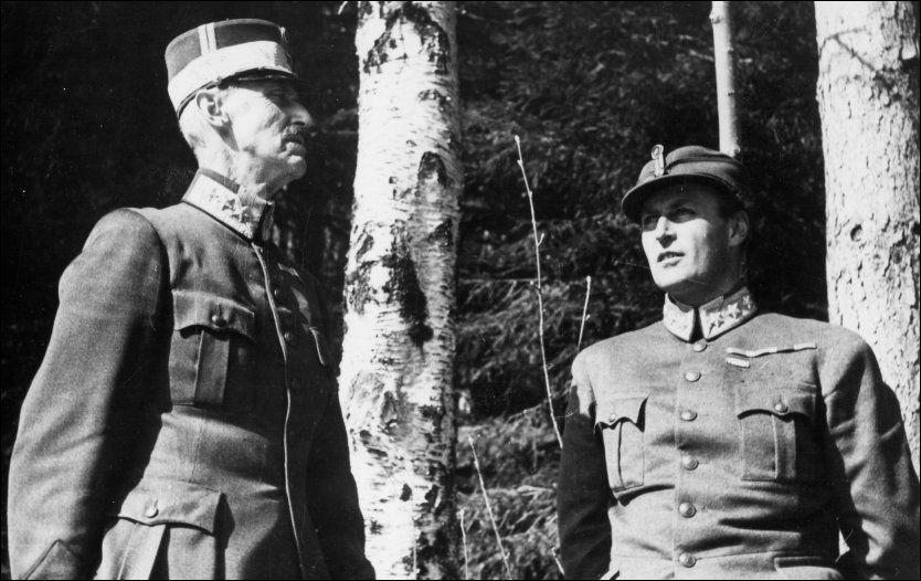 ÅPNET OPP FOR TYSKLAND: Kronprins Olav skriver i flere brev til det britiske kongehuset at de bør vurdere å forhandle med Adolf Hitler og Tyskland for å skape fred i Europa.