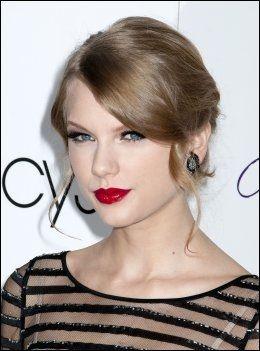 COUNTRY-STJERNE: Taylor Swift (21). Foto: wenn.com