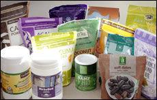 SPESIALISERT: - Hampfrøene er kjempegode i smoothie og inneholder mye omega 3, sier Torunn Holm.