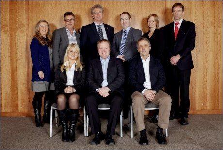 TRE HAR TRUKKET SEG: Hege Leirfall (til venstre på første rad) er det siste styremedlemmet av fotballforbundets styret som trekker seg. Foto: Stian Lysberg Solum, Scanpix