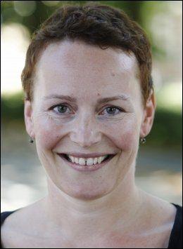 ANALYSER: Yvette Dehnes har jobbet mye med den nye metoden for avsløring av veksthormonbruk. Foto: Scanpix