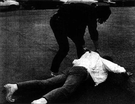 DRAPSBLØFF: Slik så det ut når Meier Johannessen og tre medhjelpere fingerte et drap på Majorstuen i Oslo. Foto: VG