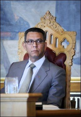 FEIL LØSNING: Det mener stortingsrepresentant for SV, Akhtar Chaudhry. Foto: SCANPIX