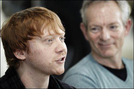 SPILLER I NORSK FILM: Rupert Grint (23) sammen med regissør Petter Næss da det ble kjent at han skulle spille en av hovedrollene i «Into the White». Foto: