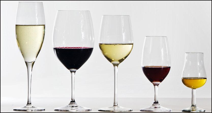 SUKKERBOMBER: Noen røde og hvite viner er de reneste sukkerbombene. Sjekk hvilke som er best og verst. Foto: Frode Hansen