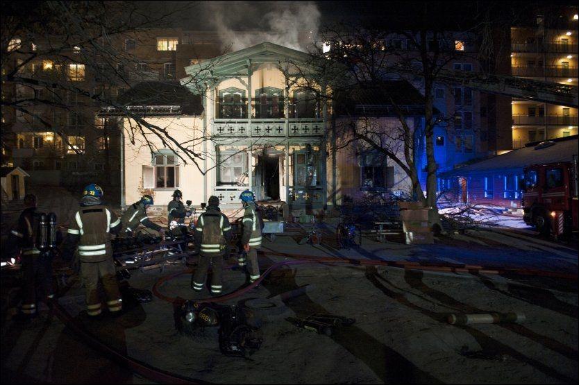 BARNEHAGE: Brann i Hjemsgate 3 på Majorstuen i Oslo lørdag morgen. Foto: Fredrik Varfjell / Scanpix