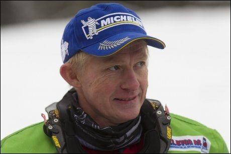 FORNØYD Pål Anders Ullevålseter ble nummer syv på dagens etappe av Rally Dakar, og var fornøyd med det. Han er derimot bekymret for de neste to etappene. Bildet er fra et pressetreff i Oslo i Desember. Foto: Morten Holm / Scanpix
