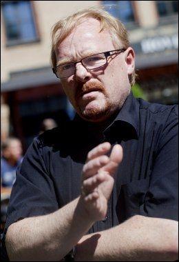 VIL ORIENTERE UNGDOMMEN: Frps justispolitiske talsmann Per Sandberg. Foto: SCANPIX