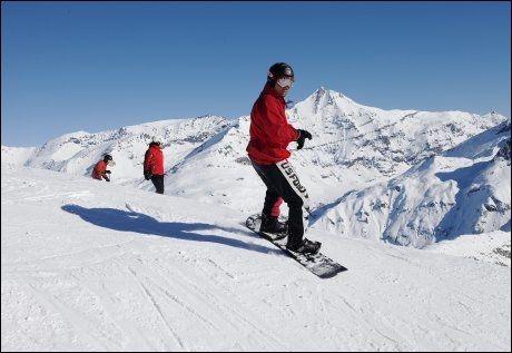 FOR ALLE: Både brettkjørere , alpinister og løssnøkjørere får det de ønsker i Val d'Isère. Foto: MAGNAR KIRKNES