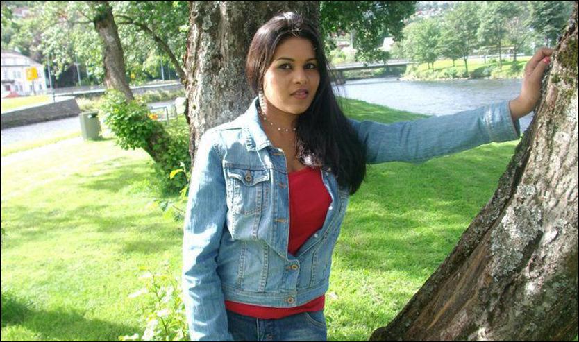 UTVIST: Garolin Nesaraja (24) kom til Norge i 2006. Etter fem og et halvt år fikk hun endelig avslag på asylsøknaden sin. Foto: PRIVAT