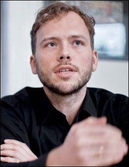 MÅ SVARE: Likestillingsminister Audun Lysbakken må svare på hvorfor han ga penger til selvforsvarsprosjekter tilknyttet SU. Foto: Krister Sørbø, VG