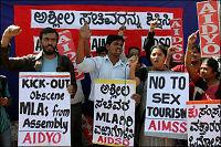 Indiske ministre trakk seg etter pornoskandale