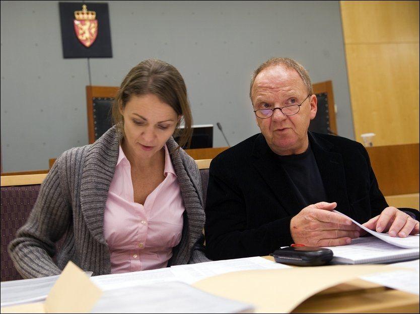 SKREV OMSTRIDT RAPPORT: Psykiaterne Synne Sørheim og Torgeir Husby konkluderte med at Anders Behring Breivik er paranoid schizofren, med omfattende vrangforestillinger. Her fra en tidligere rettssak. Foto: Helge Mikalsen/VG