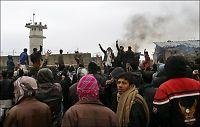 Kastet bensinbomber i protest mot Koran-brenning