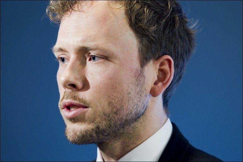 GÅR AV: Lysbakken går av som statsråd, men stiller fremdeles til valg som SV-leder. Foto: Heiko Junge/SCANPIX