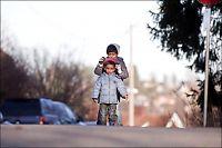 124 av asylbarna født i Norge - regjeringen bøyer ikke av