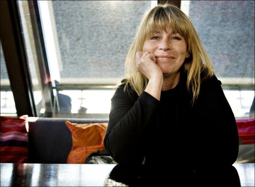 MINNES: Hilde Heltberg døde i fjor høst, bare 51 år gammel, men neste fredag kommer hennes mange folkekjære duetter og sanger på en samleplate. Foto: Eivind Griffith Brænde