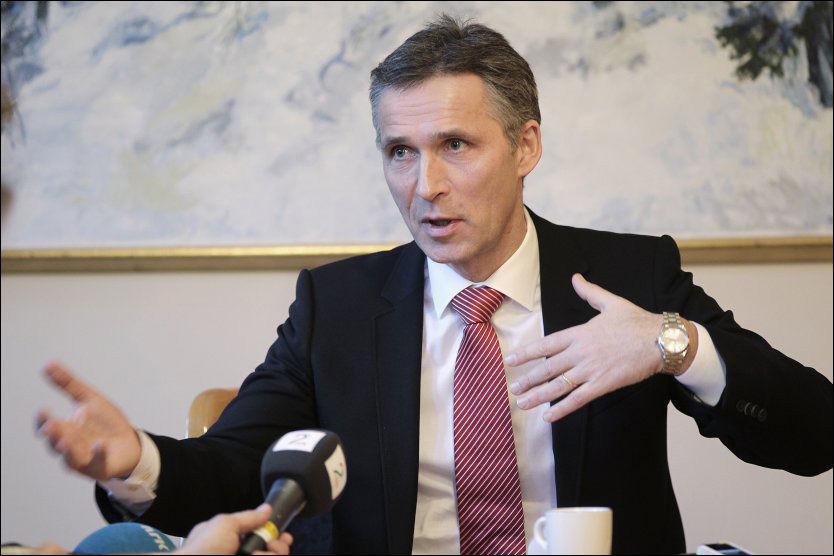 ØNSKER IKKE SPESIALBEHANDLING: Statsminister Jens Stoltenberg vil ikke har spesialbehandling av de 450 asylbarna. Foto: Trond Solberg/VG