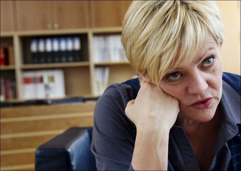 IKKE BRA NOK: Kristin Halvorsen sier at hennes gjennomgang avslører at departementet har hatt for dårlige rutiner for kunngjøring av tilskudd. Foto: Scanpix