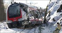 Lokfører snakket i mobilen - så krasjet Flirt-toget